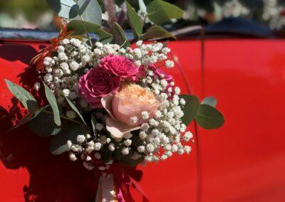 Décoration florale véhicule - Artisan Fleuriste - Melle Coeur d'Articho - Anais Barat - Comminges - Toulouse - St-Girons